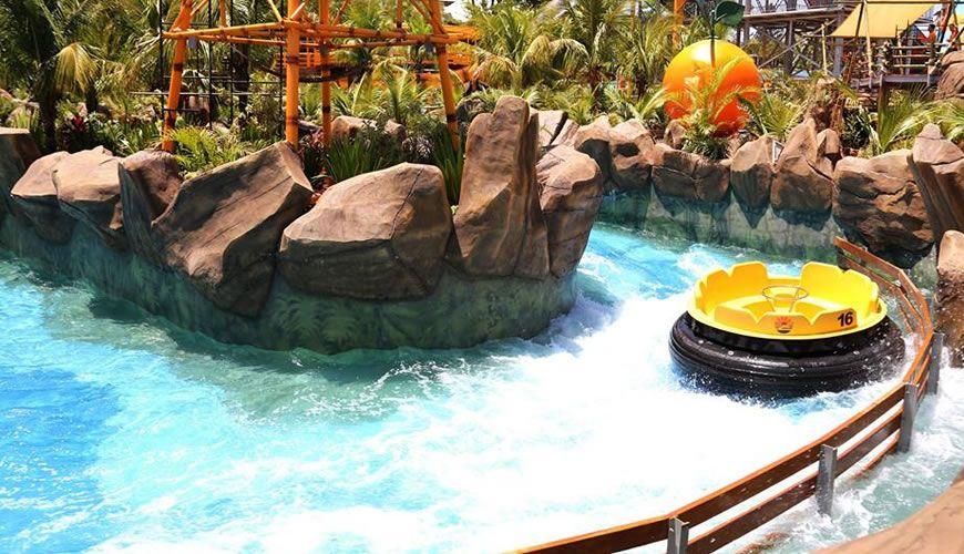 O parque aqu tico thermas dos laranjais um dos melhores for Piscina olimpia sabadell fotos